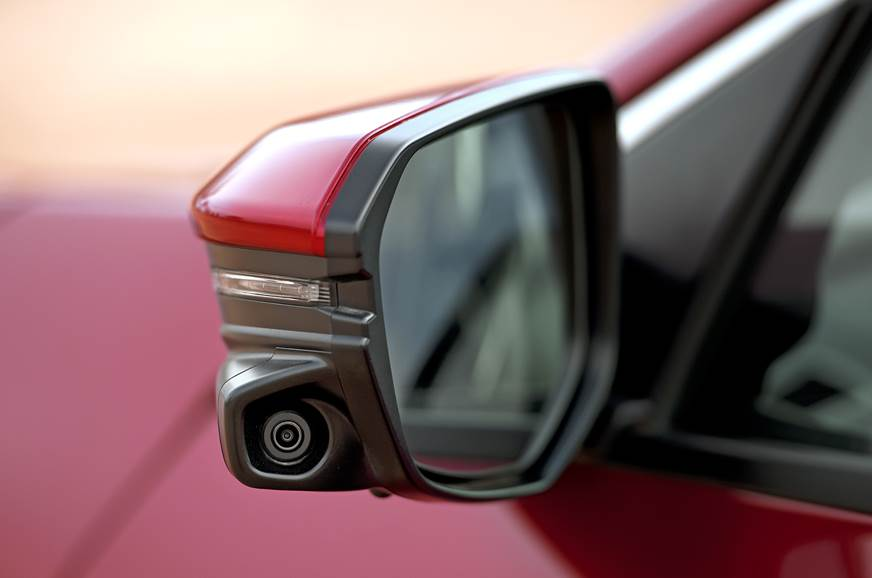 2019 Honda Civic lane watch camera