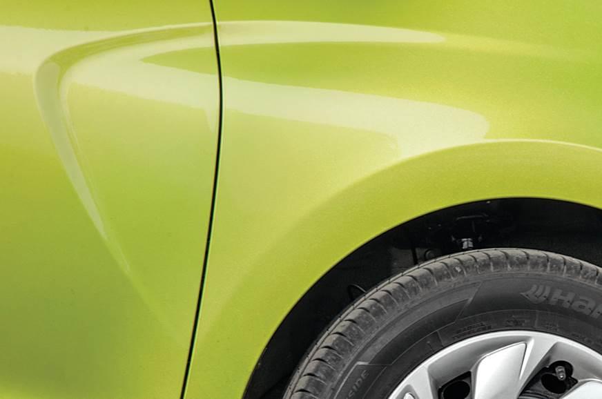 Hyundai Santro exterior detail