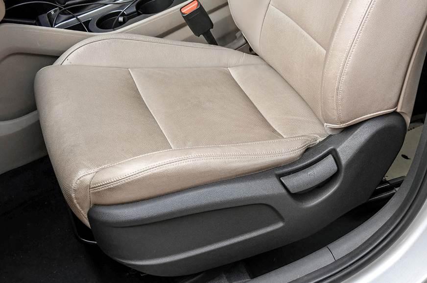 2017 Hyundai Tucson front passenger seat