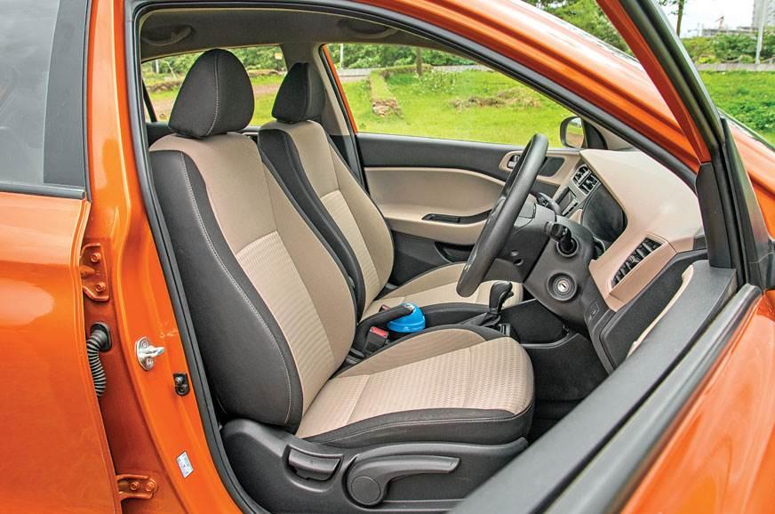 Hyundai i20 front seats