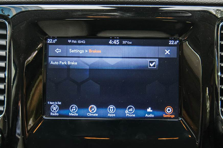 Jeep Compass infotainment