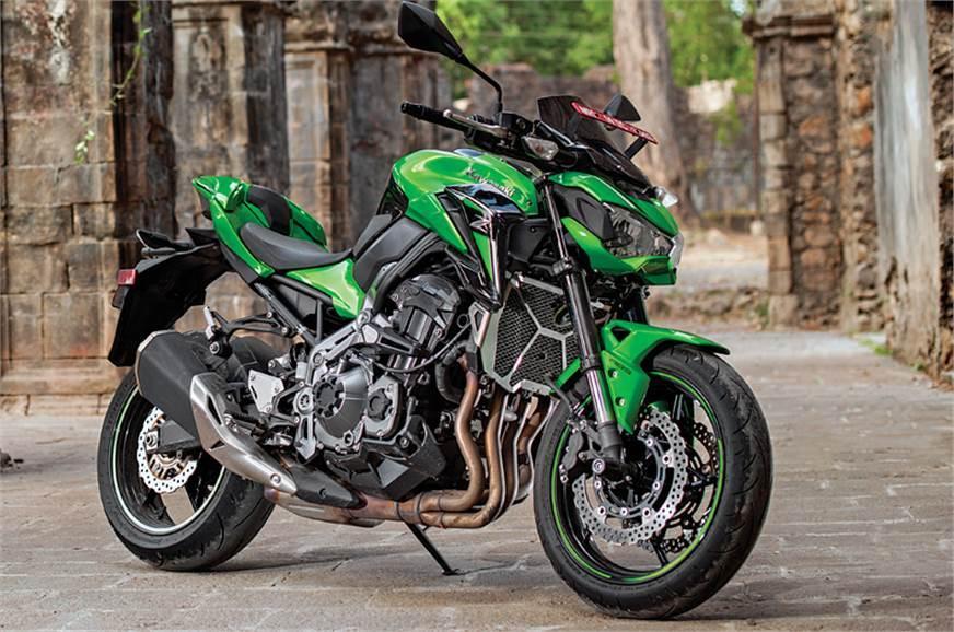 Kawasaki Z900 side