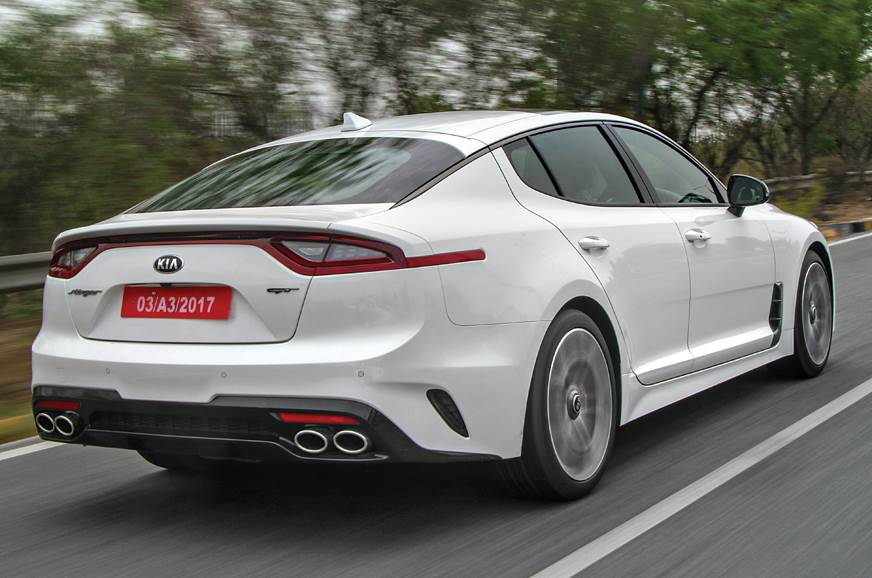 Kia Stinger rear action