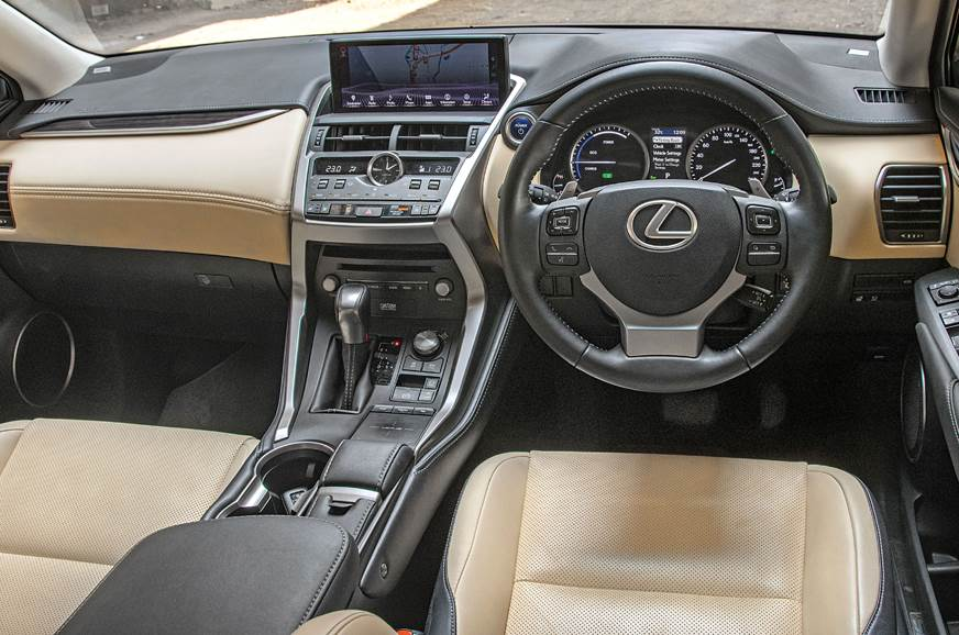 Lexus NX300h cabin