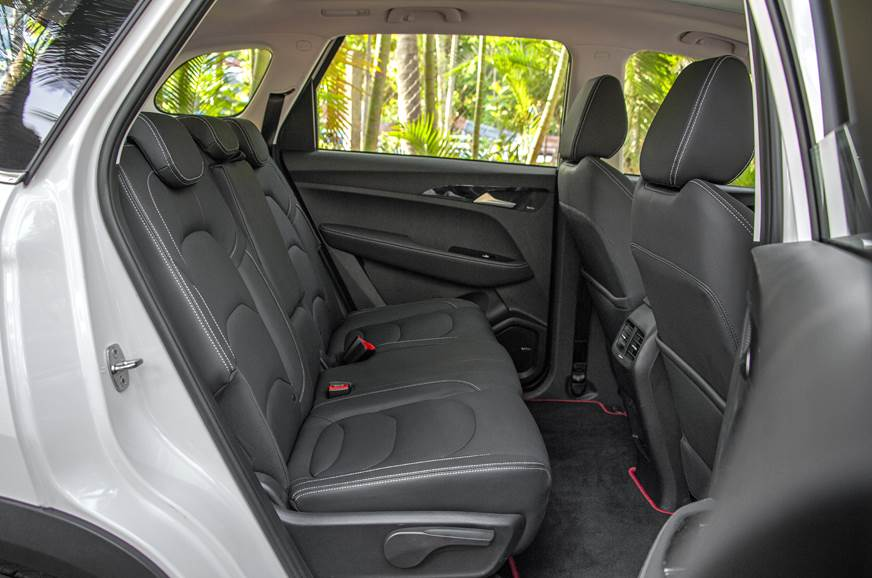 MG Hector rear seat