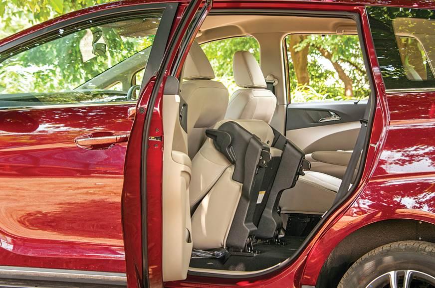 MAhindra Marazzo rear seats folded