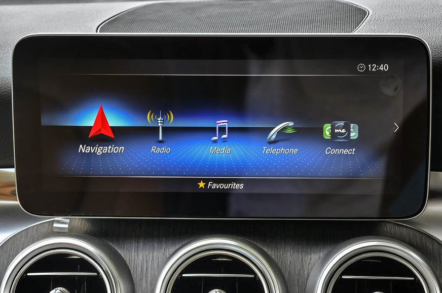 2018 Mercedes-Benz C 300d infotainment