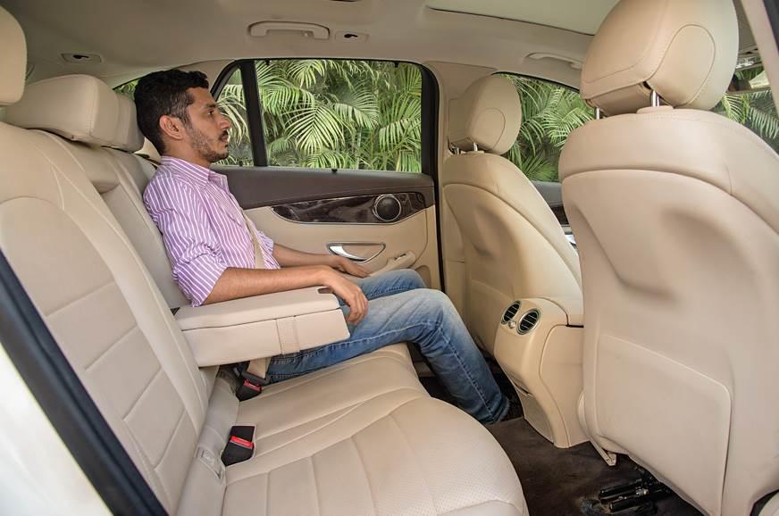 Volvo XC60 rear seat