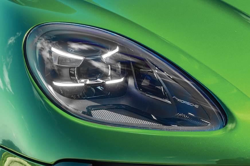 Porsche Macan headlight