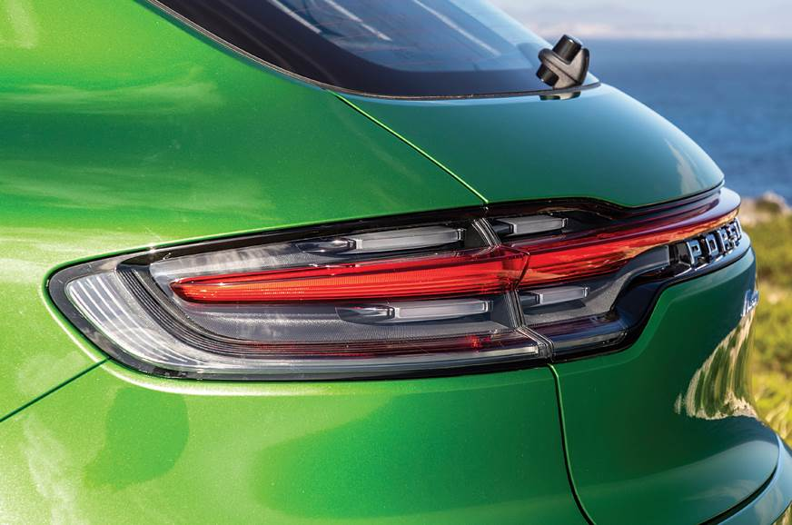 Porsche Macan tail-lamp