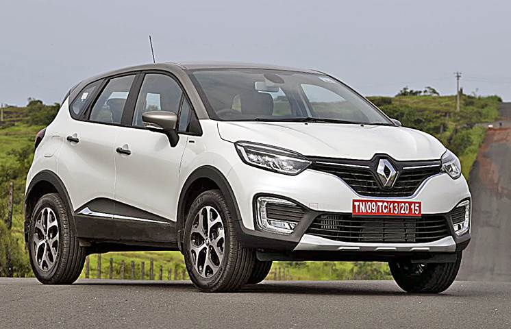 Renault Captur front three-fourth