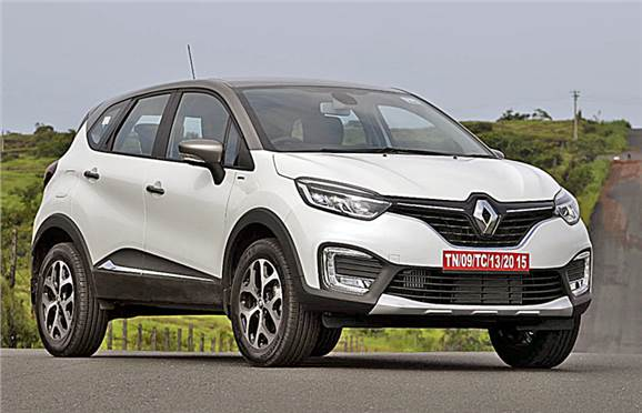 Renault Captur front three-fourth