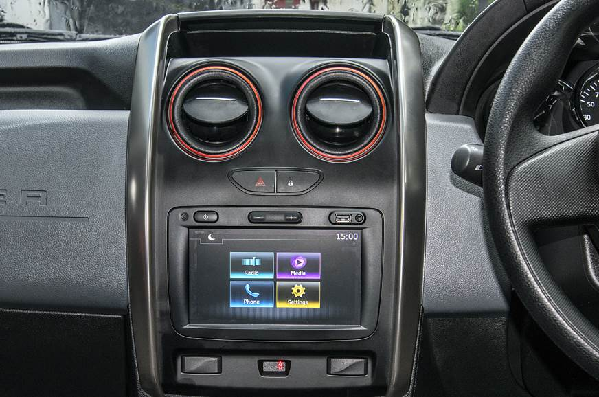Renault Duster infotainment
