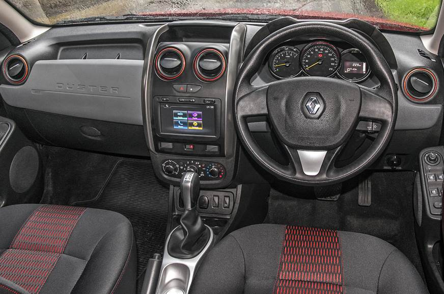 Renault Duster CVT interior