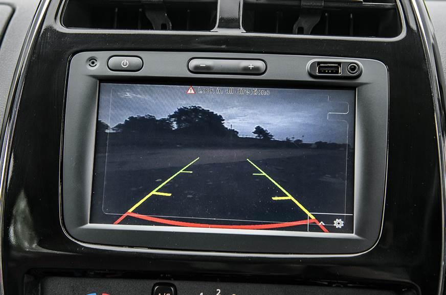 2018 Renault Kwid AMT reverse camera
