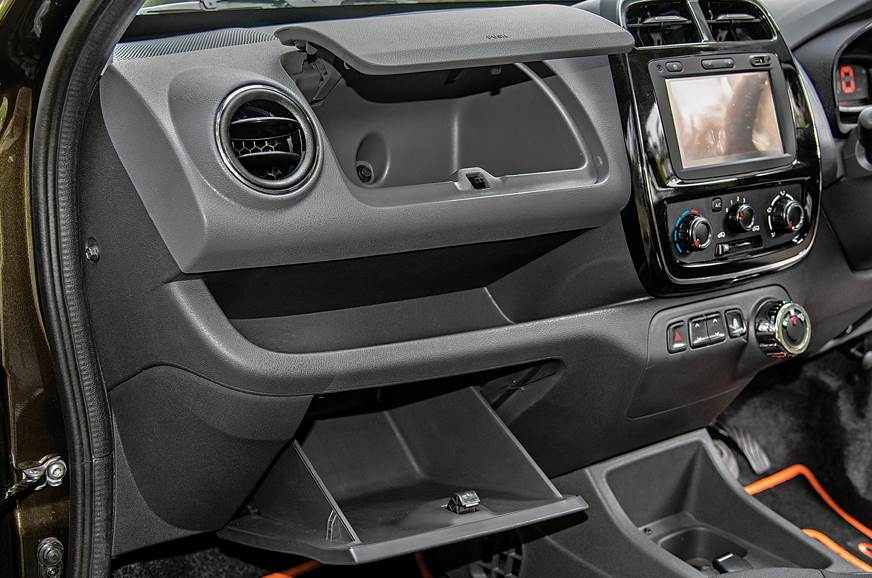 Renault Kwid infotainment
