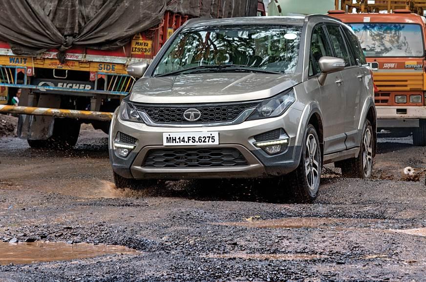 Tata Hexa pothole