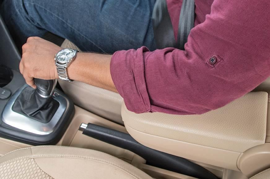 Volkswagen Ameo front armrest