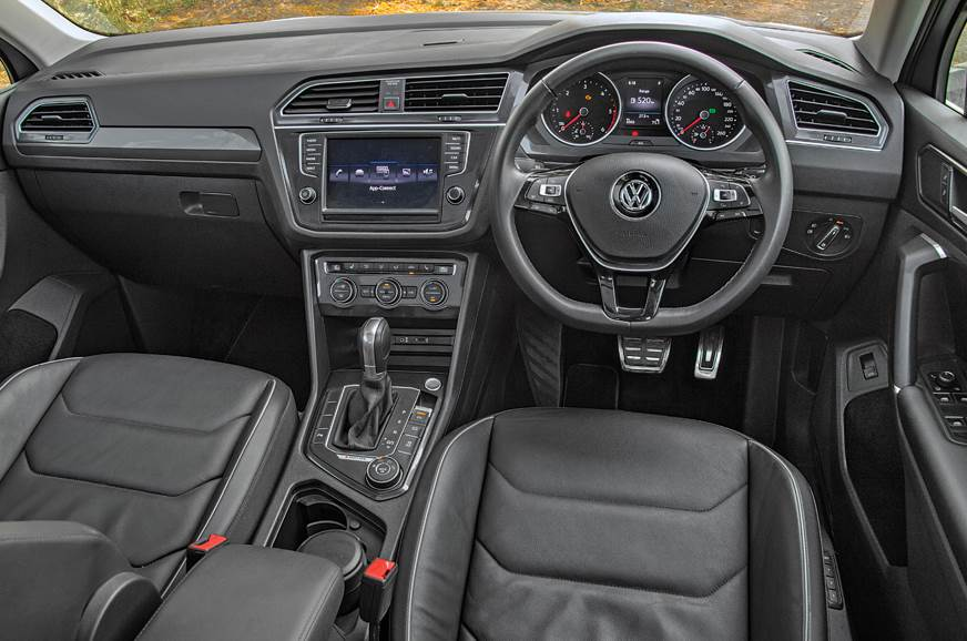 VW Tiguan dashboard