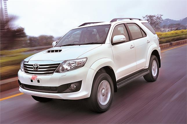 toyota fortuner 5 speed auto review test drive autocar india. Black Bedroom Furniture Sets. Home Design Ideas