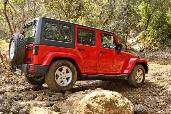 Camp Jeep Jeep Grand Cherokee Wrangler Off Road Experience Event