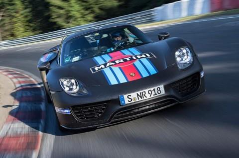 Porsche 918 Spyder sets lap record at Nurburgring