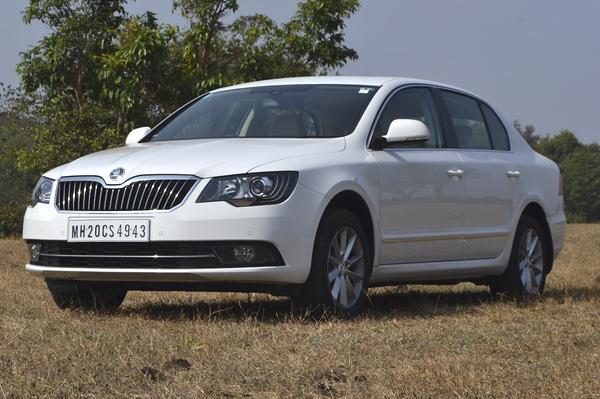 Skoda Superb facelift review, test drive