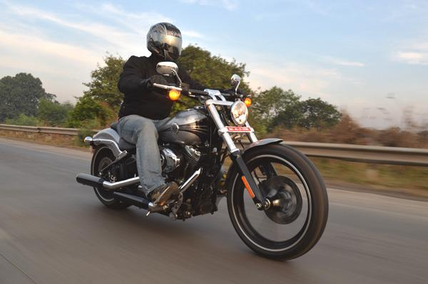 Harley Davidson Softail Breakout Review Test Ride