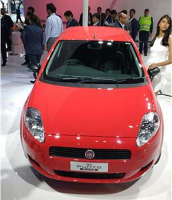 Fiat Punto Pure launched at Rs 4.49 lakh