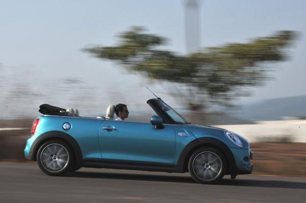 2016 Mini Cooper S Convertible India review, test drive