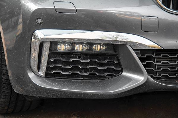 M Sport trim cars identifiable by sportier front and rear bumpers.