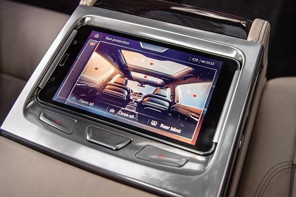 Detachable 7-inch tablet is housed in rear centre armrest. Gives rear passengers control of a whole host of functions.