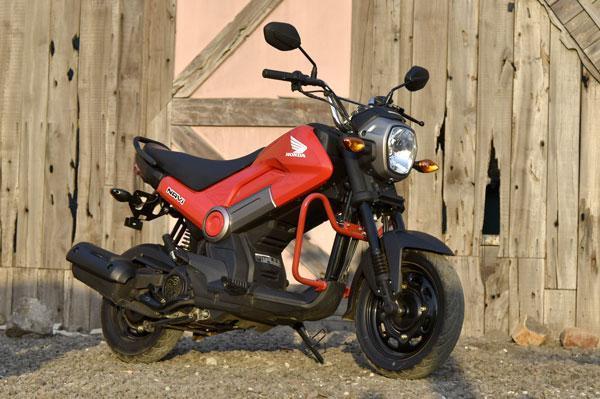 Honda Navi sales cross 10,000 units