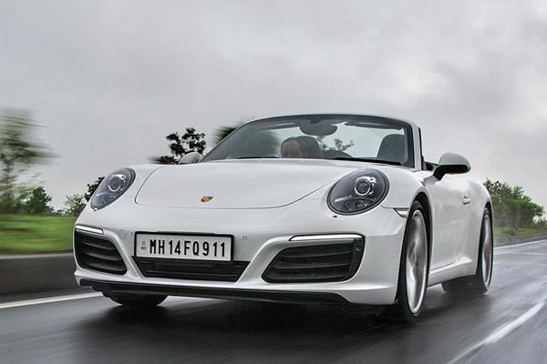 2016 Porsche 911 Carrera S India review, test drive