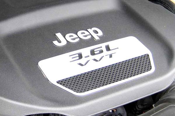 Jeep Grand Cherokee, Wrangler petrol coming this November