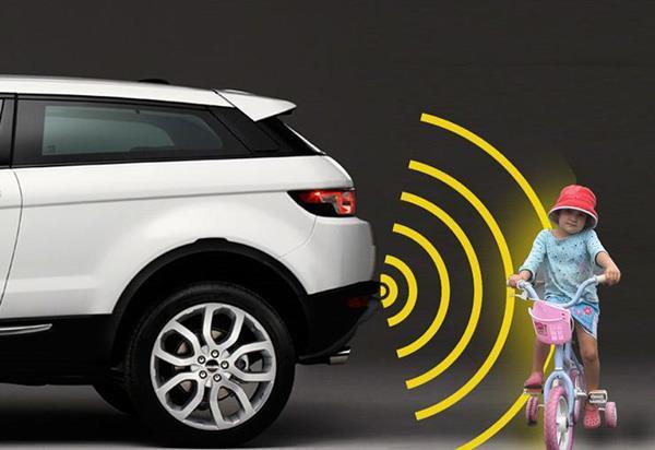 Rear parking sensors to be mandatory on vehicles soon
