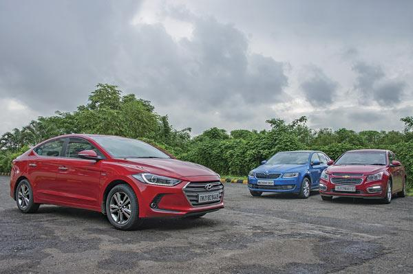 Hyundai Elantra vs Skoda Octavia vs Chevrolet Cruze diesel comparison