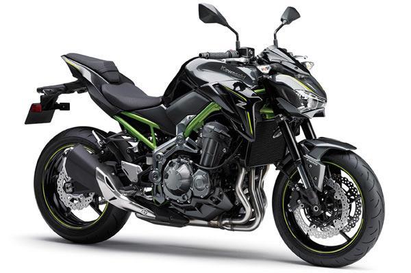 Kawasaki's Z900 and Z650 get a pre-preview at Intermot 2016