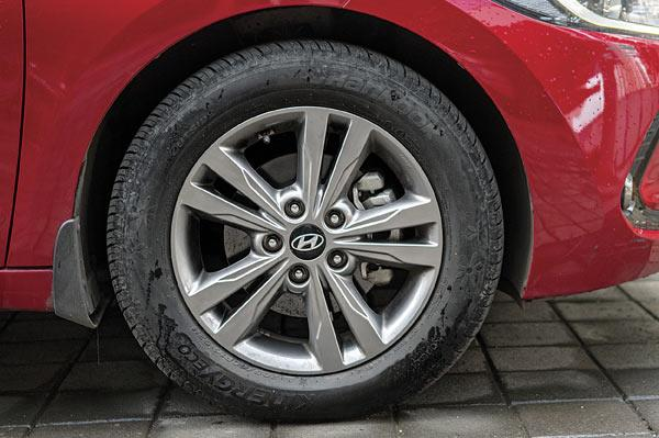 16-inch alloys look sporty and fill arches nicely with 60-profile tyres.