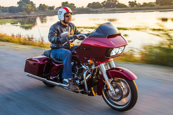 2017 Harley-Davidson Road Glide, Road King review, test ride