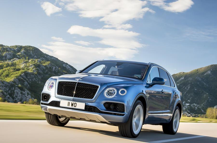 Bentley Bentayga LWB, SUV-coupé under development