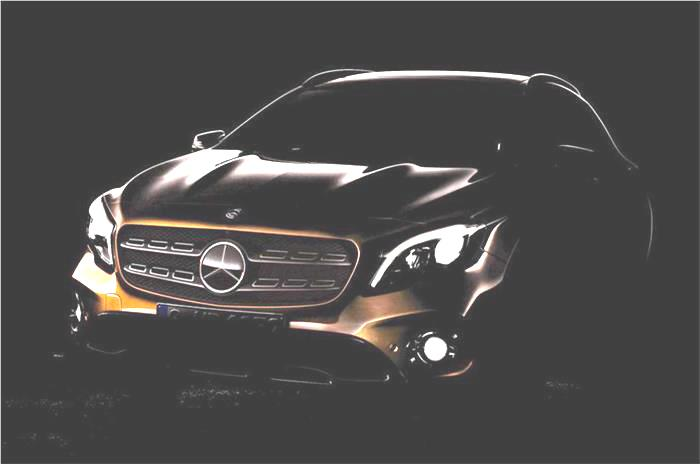 Mercedes GLA facelift teased ahead of Detroit debut