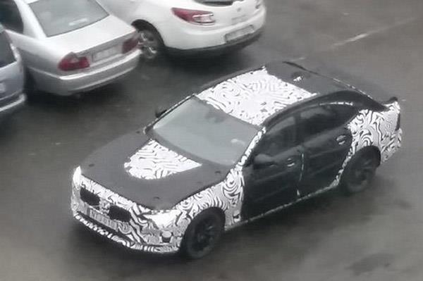 Next-gen Volvo S60 spied