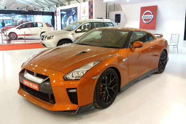 2017 Nissan GT-R showcased at the Autocar Performance Show