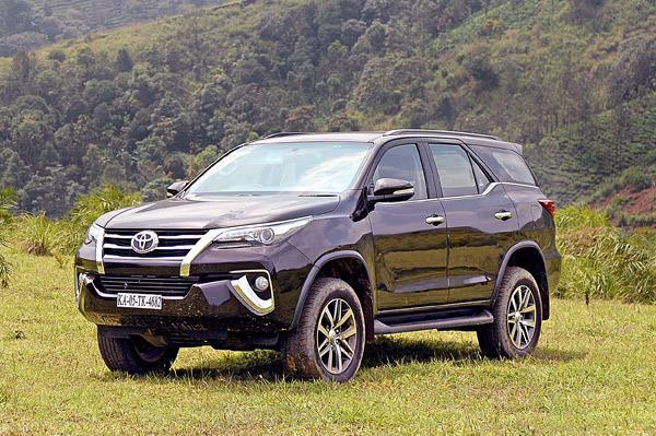 New Toyota Fortuner bookings cross 10,000-unit mark