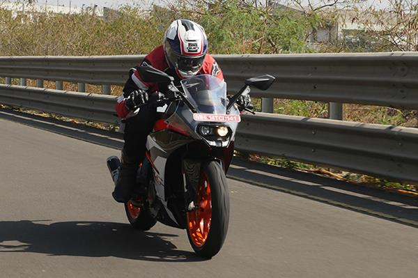 2017 KTM RC390 review, test ride