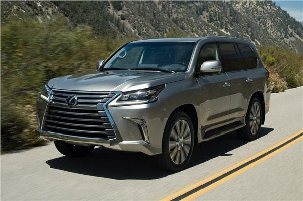 2017 Lexus LX570, LX450d: What to expect