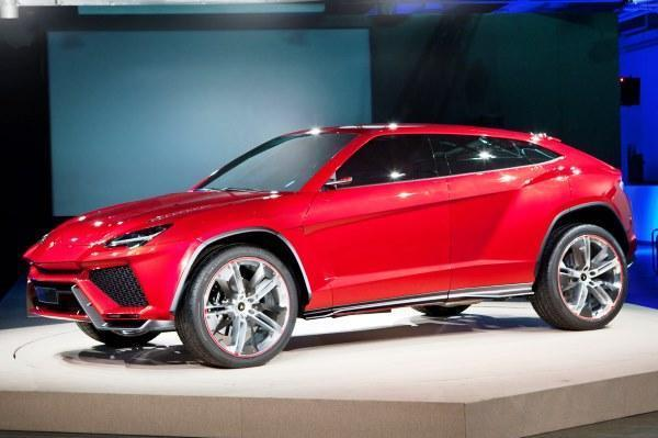 Lamborghini Urus SUV debut in April 2017