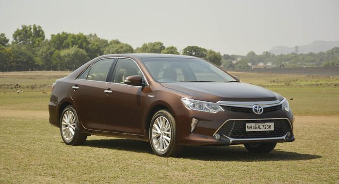 Global sales of Toyota hybrids cross 10 million units