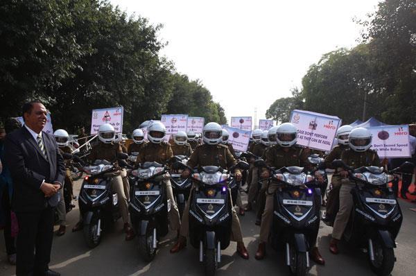 Hero presents 50 scooters to Gurugram women police